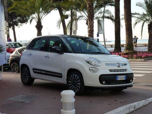 Fiat 500L provata su strada a Cannes con due nuovi motori da 105 CV