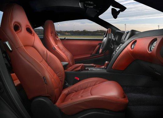 Nissan GT-R 2013 - Foto 2 di 18