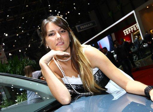 Le ragazze più belle del Salone di Ginevra 2013 - Foto 4 di 15