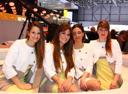 Le ragazze più belle del Salone di Ginevra 2013 - Foto 12 di 15