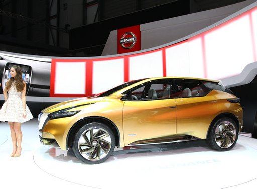 Nissan Resonance Concept - Foto 5 di 14