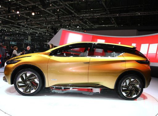 Nissan Resonance Concept - Foto 11 di 14