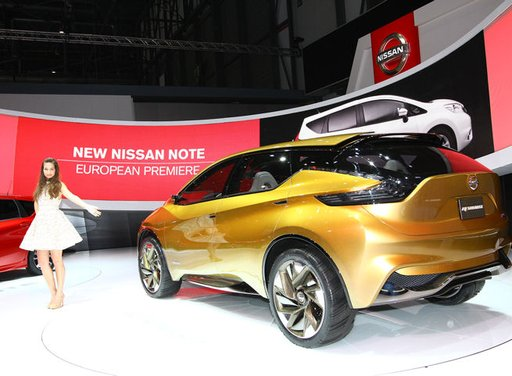Nissan Resonance Concept - Foto 13 di 14