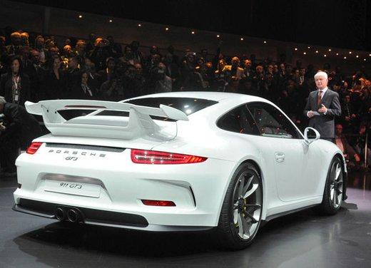 Porsche 911 GT3 - Foto 2 di 21