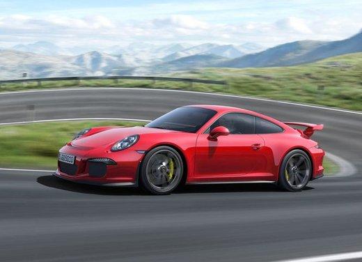 Porsche 911 GT3 - Foto 18 di 21