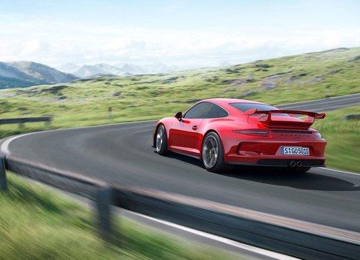 Porsche 911 GT3 - Foto 19 di 21