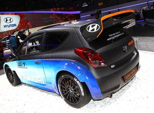 Hyundai i20 WRC nuovi test per il mondiale Rally 2014 - Foto 4 di 22