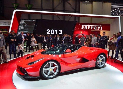 Una Ferrari LaFerrari trasformata in camper - Foto 25 di 31