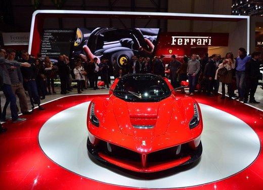 Una Ferrari LaFerrari trasformata in camper - Foto 31 di 31