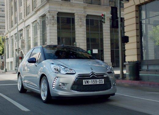 Citroen DS3 Cabrio spot tv per la nuova citycar della casa francese - Foto 10 di 16