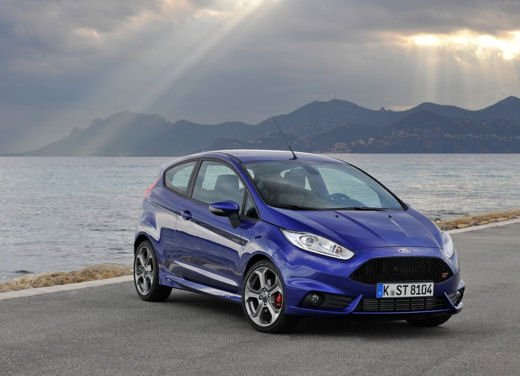 Ford Fiesta ST Auto dell'Anno 2013 per Top Gear - Foto 9 di 14
