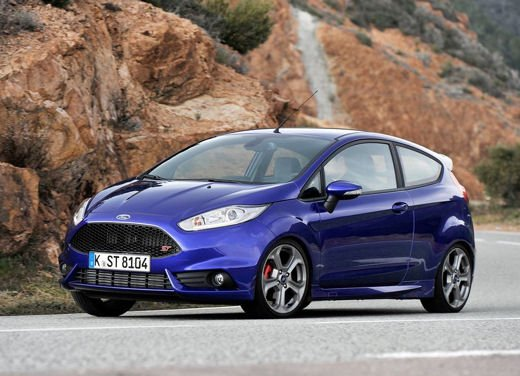 Ford Fiesta ST Auto dell'Anno 2013 per Top Gear - Foto 11 di 14