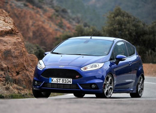 Ford Fiesta ST Auto dell'Anno 2013 per Top Gear - Foto 1 di 14