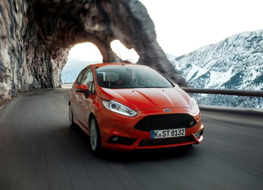 Ford Fiesta ST Auto dell'Anno 2013 per Top Gear - Foto 5 di 14