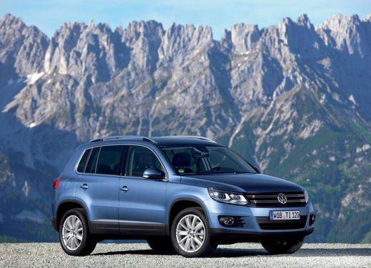 Volkswagen Tiguan in promozione con rate da 280 euro al mese - Foto 4 di 13
