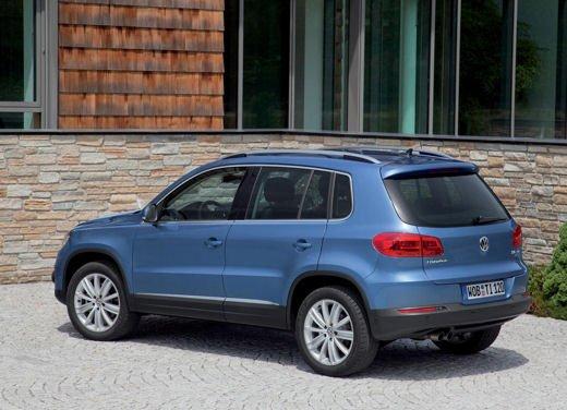Volkswagen Tiguan in promozione con rate da 280 euro al mese - Foto 5 di 13