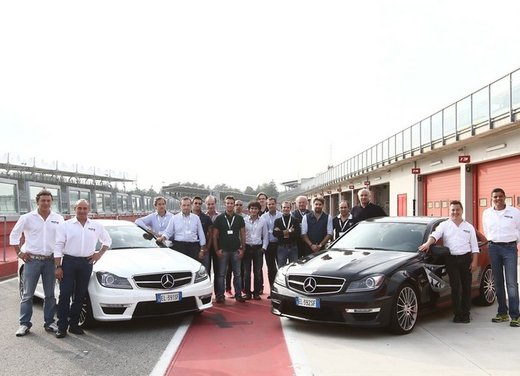 Mercedes AMG Driving Academy con le sportive Classe A 45 AMG,  E 63 AMG e Mercedes CLS 63 AMG - Foto 7 di 14