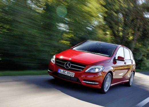 Auto usate, tra le monovolume più vendute nel 2013 Renault Scenic e Opel Zafira