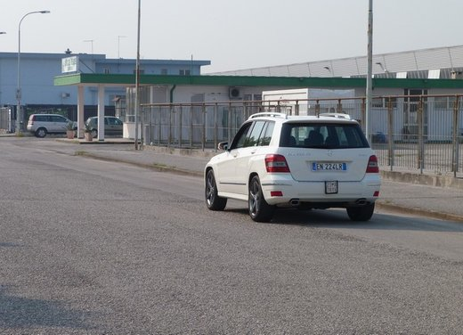 Mercedes GLK 220 CDI FirstHand, provata una Mercedes usata garantita tre anni - Foto 8 di 35