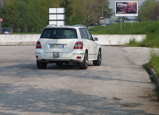 Mercedes GLK 220 CDI FirstHand, provata una Mercedes usata garantita tre anni - Foto 12 di 35