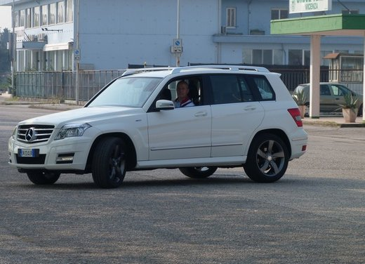 Mercedes GLK 220 CDI FirstHand, provata una Mercedes usata garantita tre anni - Foto 16 di 35