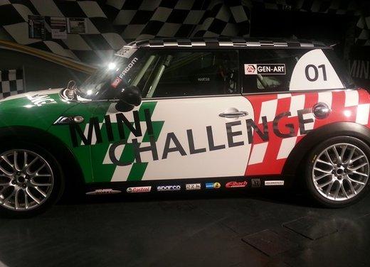 Mini Challenge 2013 protagoniste le Mini Cooper S con kit Racing - Foto 4 di 5
