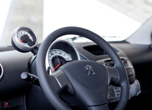 Peugeot 107 in promozione con rate da 185 euro al mese - Foto 11 di 13