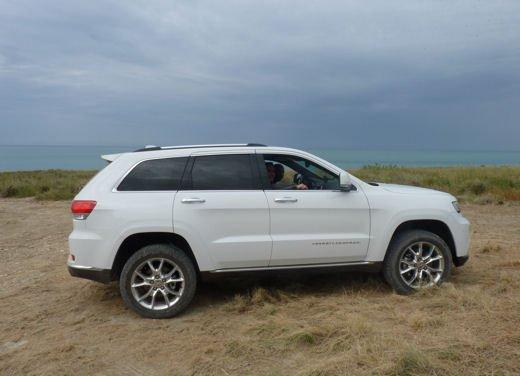 Nuova Jeep Grand Cherokee, prova su strada del Suv premium - Foto 16 di 26