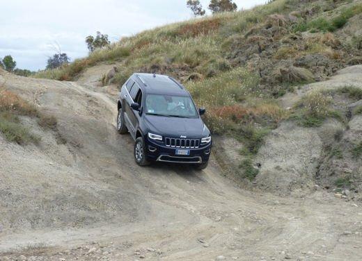 Nuova Jeep Grand Cherokee, prova su strada del Suv premium - Foto 26 di 26