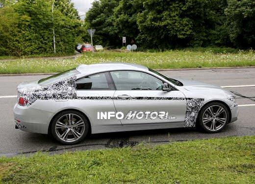 BMW Serie 4 Coupè nuove foto spia da Monaco di Baviera