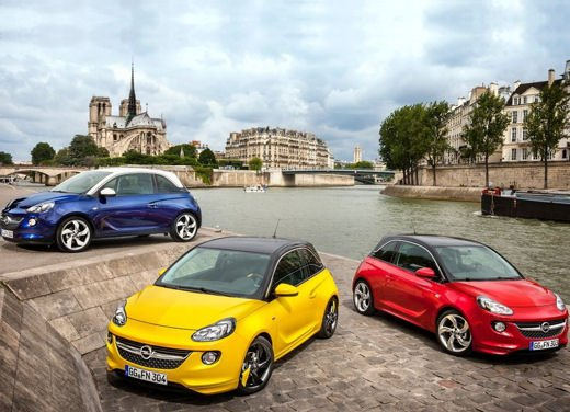 Opel Adam e Valentino Rossi nel nuovo spot Opel - Foto 26 di 26