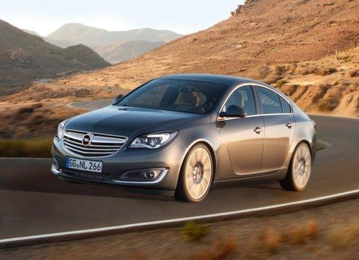 Opel Insignia con myOpel Manual - Foto 7 di 10