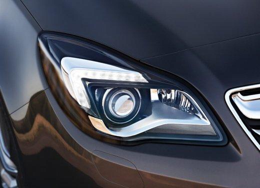 Opel Insignia con myOpel Manual - Foto 8 di 10