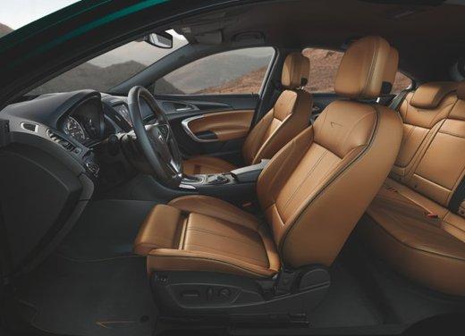 Opel Insignia con myOpel Manual - Foto 9 di 10