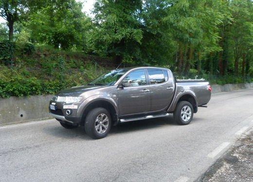 Mitsubishi L200: prova su strada del pick up estremo - Foto 11 di 27