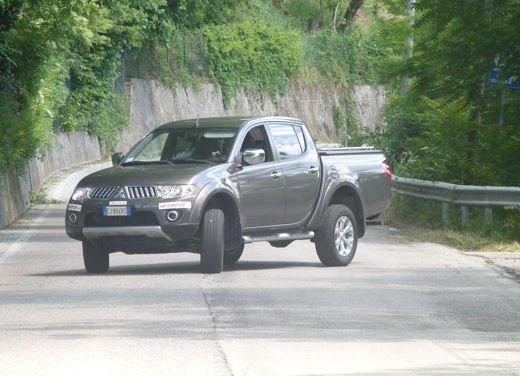 Mitsubishi L200: prova su strada del pick up estremo - Foto 18 di 27