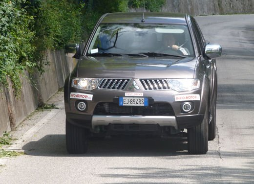 Mitsubishi L200: prova su strada del pick up estremo - Foto 19 di 27