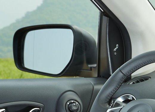Renault Koleos MY 2013 - Foto 11 di 17