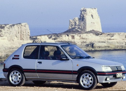 Peugeot 205, una storia lunga 30 anni - Foto 3 di 6