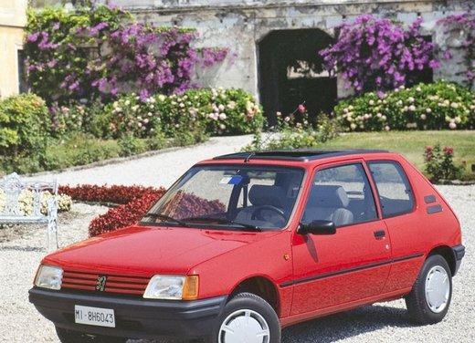 Peugeot 205, una storia lunga 30 anni - Foto 2 di 6