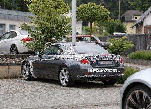 BMW Serie 4 Cabrio nuove immagini spia - Foto 21 di 26