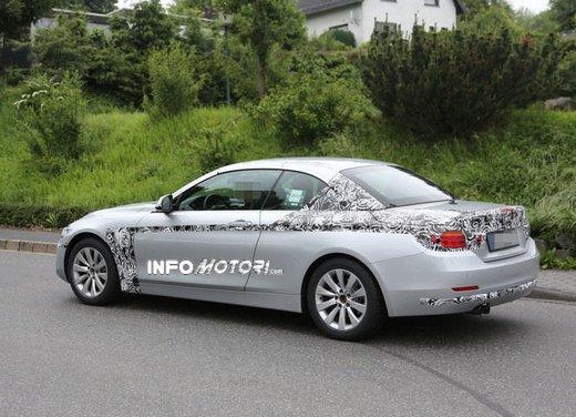 BMW Serie 4 Cabrio nuove immagini spia - Foto 13 di 26