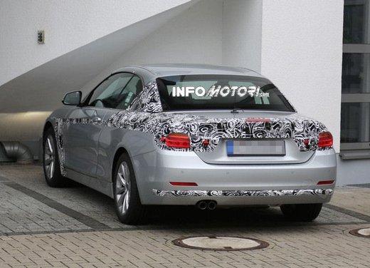 BMW Serie 4 Cabrio nuove immagini spia - Foto 17 di 26
