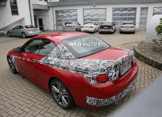BMW Serie 4 Cabrio nuove immagini spia - Foto 18 di 26