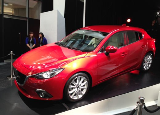 Nuova Mazda3 dati e foto ufficiali della nuova generazione di Mazda 3