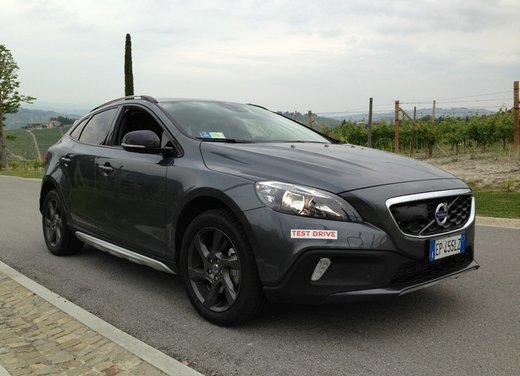 Volvo V40 Cross Country D3 Long Test Drive