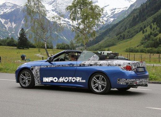 BMW Serie 4 Cabrio nuove immagini spia - Foto 1 di 26