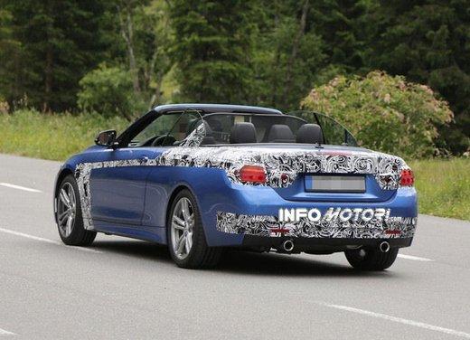 BMW Serie 4 Cabrio nuove immagini spia - Foto 3 di 26