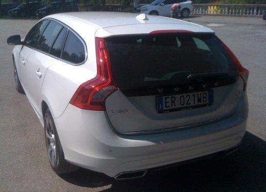 Volvo V60 Plug in Hybrid prova su strada - Foto 7 di 22