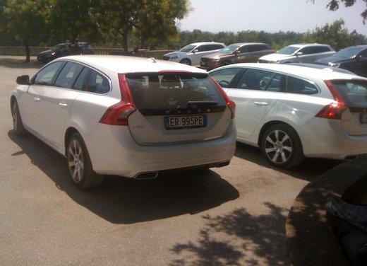 Volvo V60 Plug in Hybrid prova su strada - Foto 15 di 22
